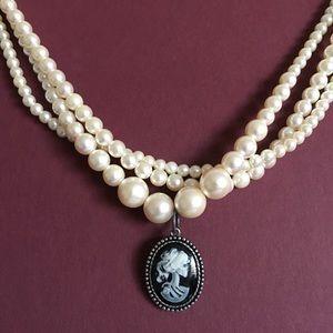 Jewelry - 🖤💀Goth/Death Rock Pendant💀 🖤